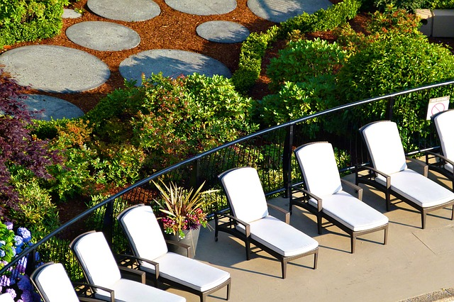 best poolside sun lounge chairs